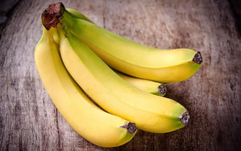 https: img.okezone.com content 2017 05 04 298 1683159 ya-ampun-9-jam-di-pesawat-penumpang-ini-hanya-diberi-pisang-bUoMeVHgfx.jpg