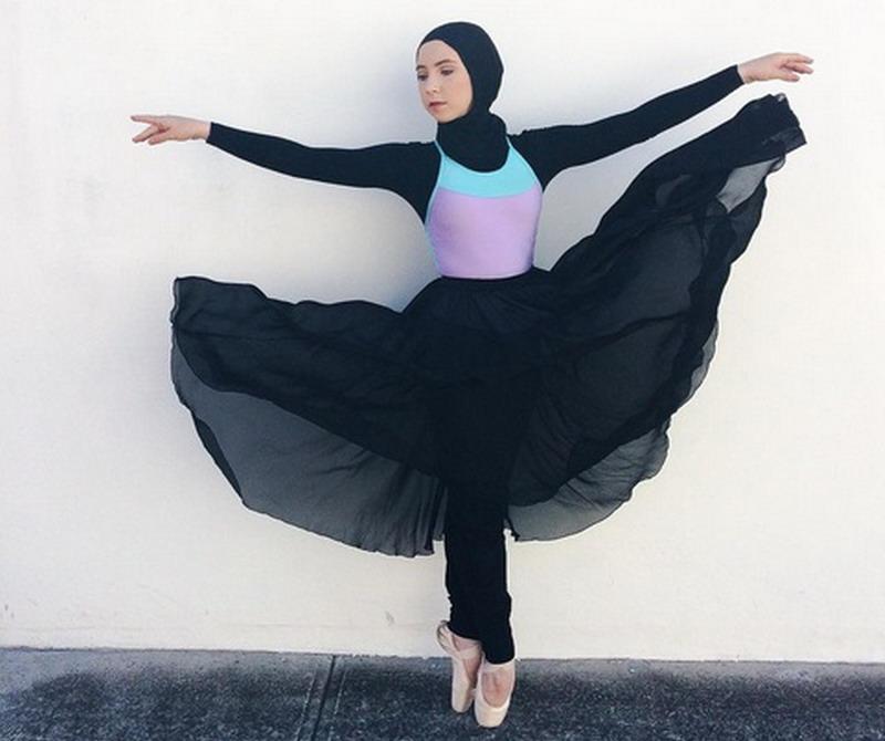 https: img.okezone.com content 2017 05 08 196 1686005 pernah-putus-asa-tak-bisa-menari-lagi-selamanya-stephanie-kurlow-jadi-balerina-berhijab-pertama-di-dunia-RUQAyFiVGb.jpg