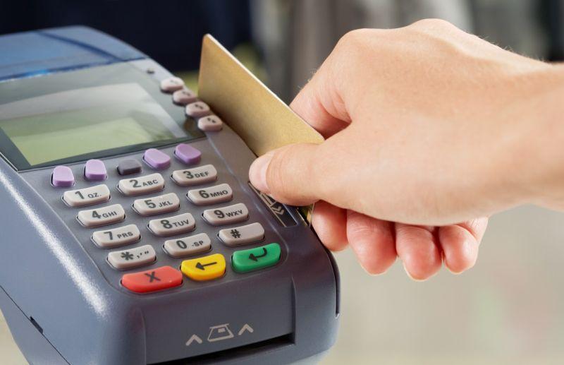 Lonceng Kematian Bisnis Gesek Tunai Kartu Kredit