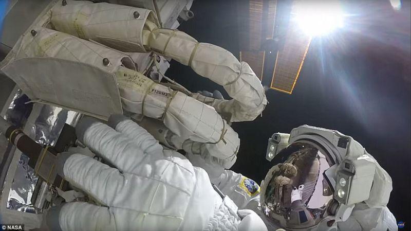 NASA Tunjukkan Rasanya Berjalan di Atas Bumi