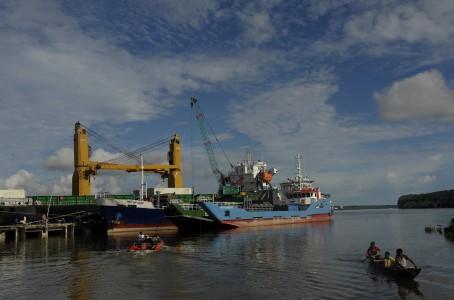 Presiden Jokowi Diharapkan Percepat Pembangunan Bandara dan Pelabuhan di Timika