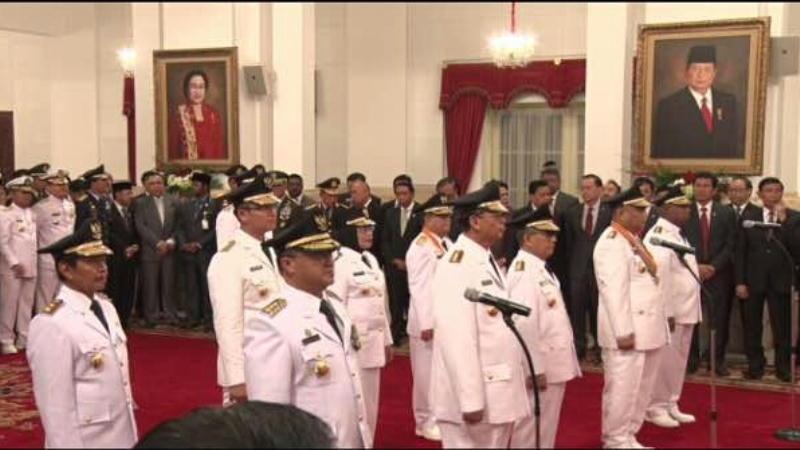 Presiden Jokowi Resmi Lantik Lima Gubernur & Wagub di Istana Negara