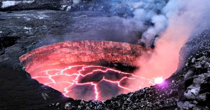 Techno of The Week: Misteri Gunung Api Terbesar hingga Begal Modus Pocong Masih Viral