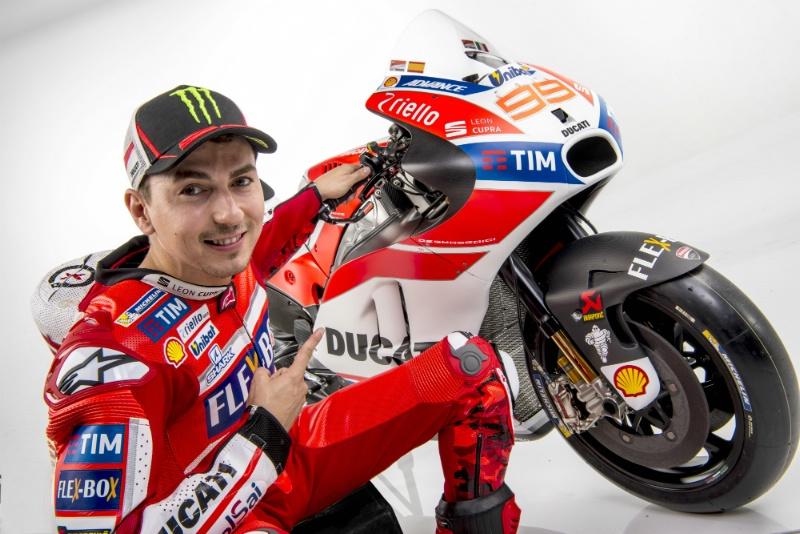 Jalani Debut Bersama Ducati, Pernat: Lorenzo Ingin Raih Gelar Juara Dunia MotoGP 2017