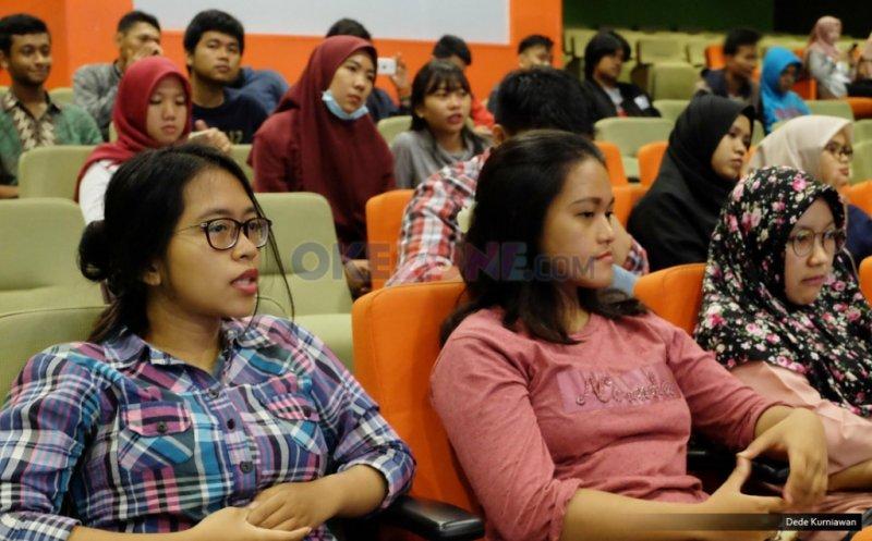 Mahasiswa Mercu Buana di Okezone Goes to Campus. (Foto: Dok. Okezone)