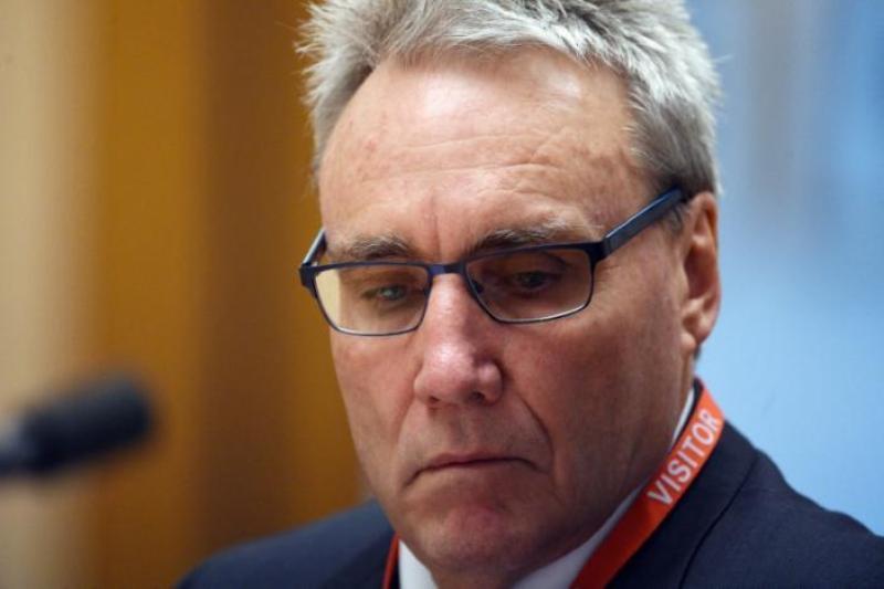 Wakil Komisioner Kantor Pajak Australia Michael Cranston (Foto: Mick Tsikas/Reuters)