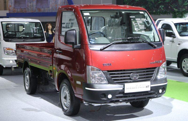 Tata Motors jual 66 kendaraan di IIMS 2017 (TMDI)