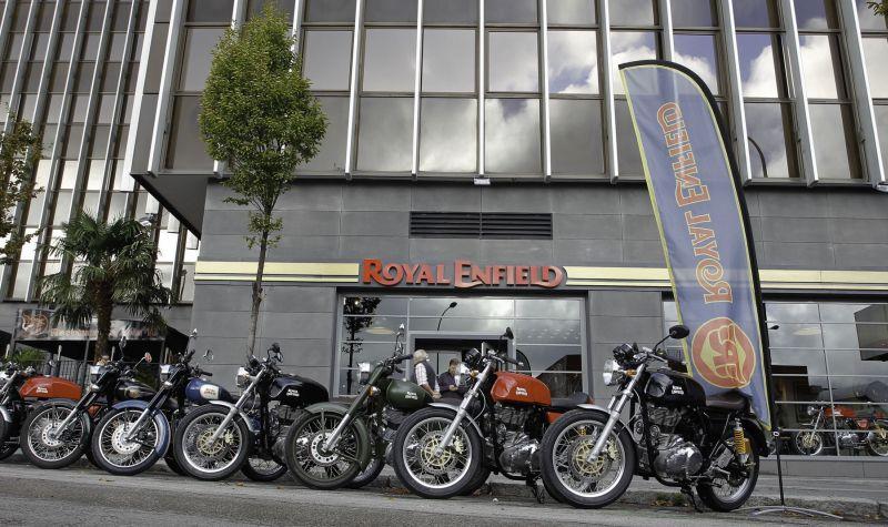 Gerai Royal Enfield (Indianautosblog)