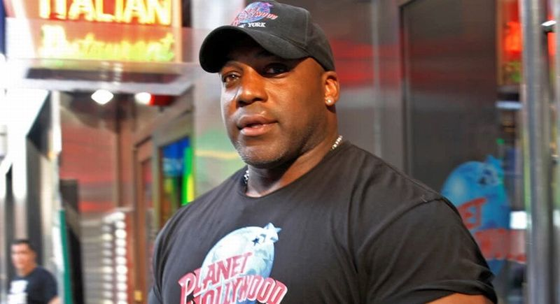 Ken Bradix, petugas keamanan yang membantu menangkap sopir penabrak puluhan orang di Times Square, New York. (Foto: New York Post)