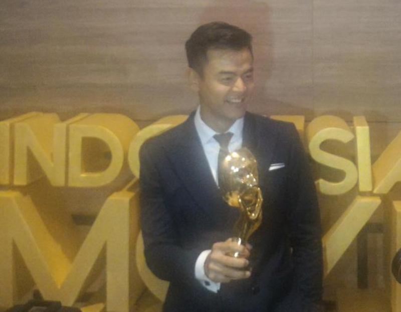 https: img.okezone.com content 2017 05 19 598 1694706 imaa-2017-inilah-film-terfavorit-indonesian-movie-actors-awards-2017-mkbpFGFcsw.jpg