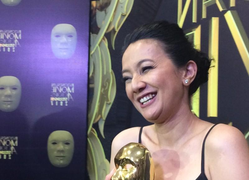 https: img.okezone.com content 2017 05 19 598 1694723 imaa-2017-jadi-aktris-terbaik-cut-mini-pastikan-tak-perlu-selektif-memilih-peran-wZwcBWqP9R.jpg