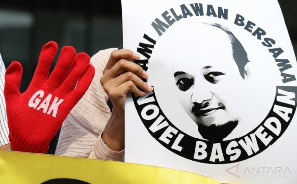 Aksi mendukung KPK terkait teror yang menimpa Novel Baswedan, penyidik senior (Foto: Antara)