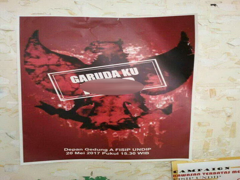 Poster provokatif di Undip. (Foto: Taufik B)