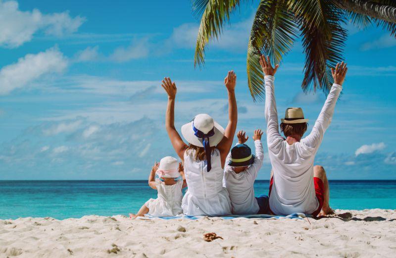 https: img.okezone.com content 2017 05 24 406 1699241 long-weekend-ke-5-pantai-di-sekitar-jakarta-bareng-keluarga-yuk-hfjSaCIwNW.jpg