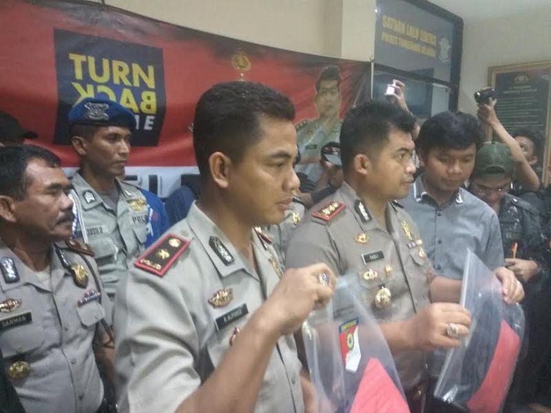 Pengungkapan kasus pembunuhan di Pamulang. (Hambali/Okezone)