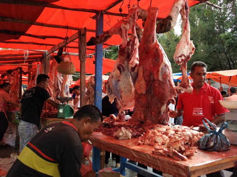 BUSINESS HITS: Duh! Harga Daging Sapi Tembus Rp180 Ribu/Kg
