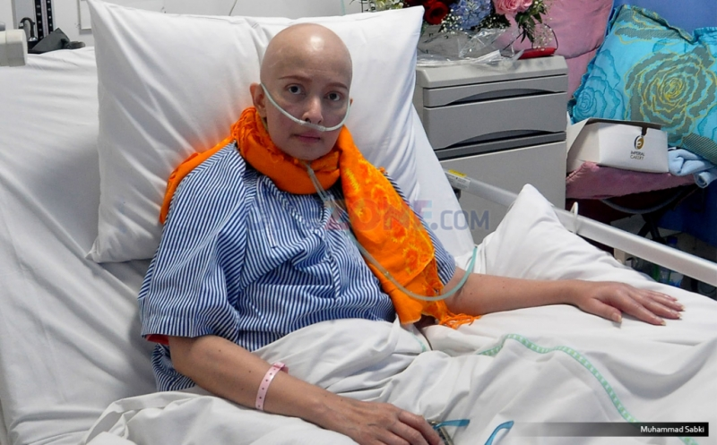 Yana bahkan diisukan sudah sembuh dari penyakit kanker payudara setelah pulang dari negara tersebut.