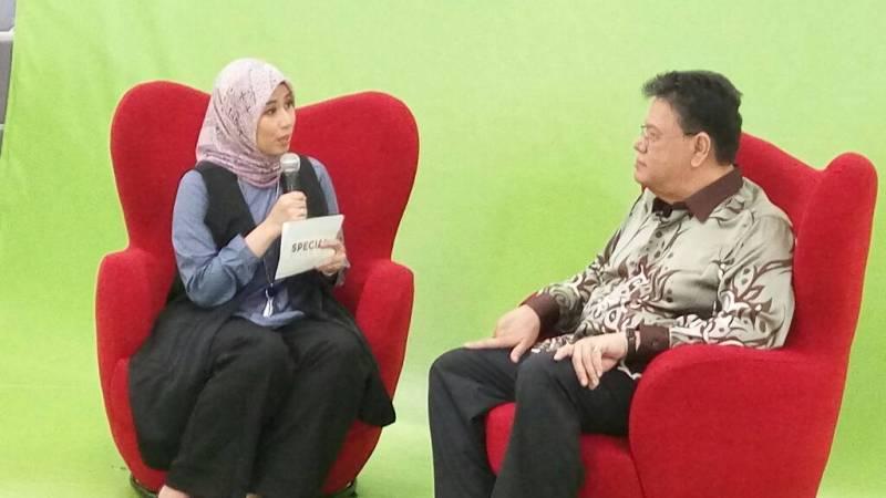 https: img.okezone.com content 2017 06 07 18 1710159 betah-di-indonesia-dubes-malaysia-kangen-nasi-kandar-dgoc73MHGz.jpeg