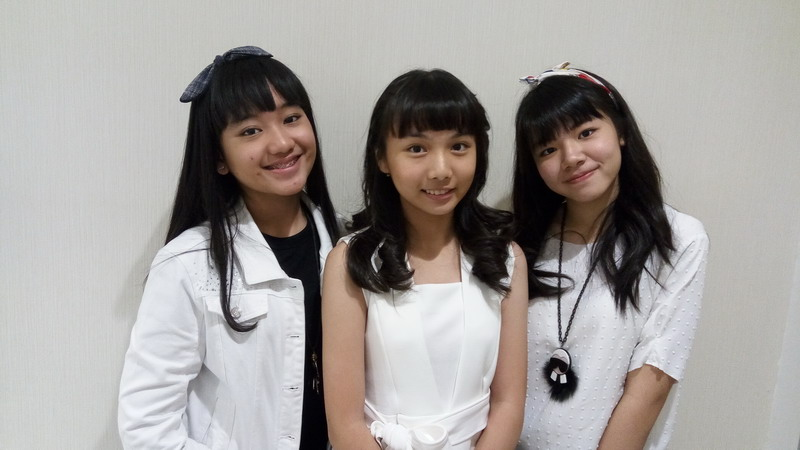 https: img.okezone.com content 2017 06 13 205 1715360 berawal-geng-aw-aw-aw-jebolan-indonesian-idol-junior-siap-debut-trilibby-nlw2OqPlxv.jpg
