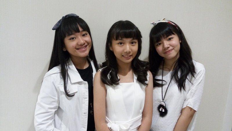 https: img.okezone.com content 2017 06 14 205 1715398 trilibby-girlband-jebolan-indonesian-idol-junior-siap-debut-pasca-lebaran-5PRg2poZwG.jpg