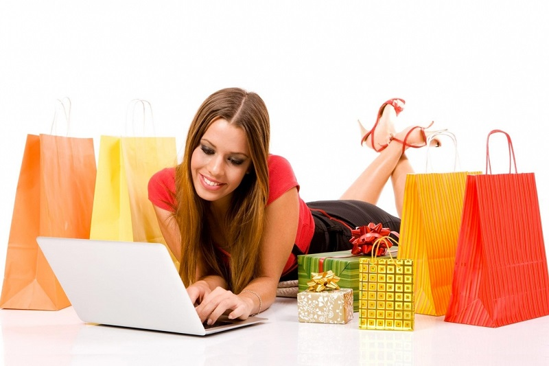 https: img.okezone.com content 2017 06 15 194 1716792 jangan-malas-pantau-review-pelanggan-lain-biar-enggak-tertipu-saat-belanja-online-x7cMRrjwUv.jpeg