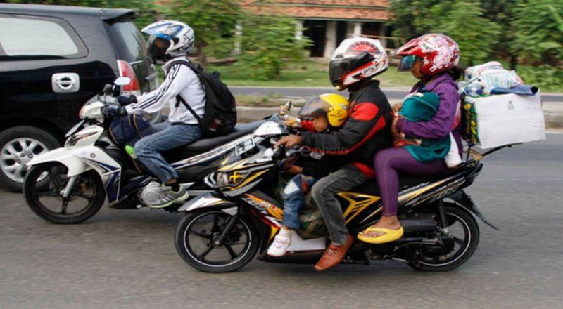 Pemudik sepeda motor (foto: Okezone)