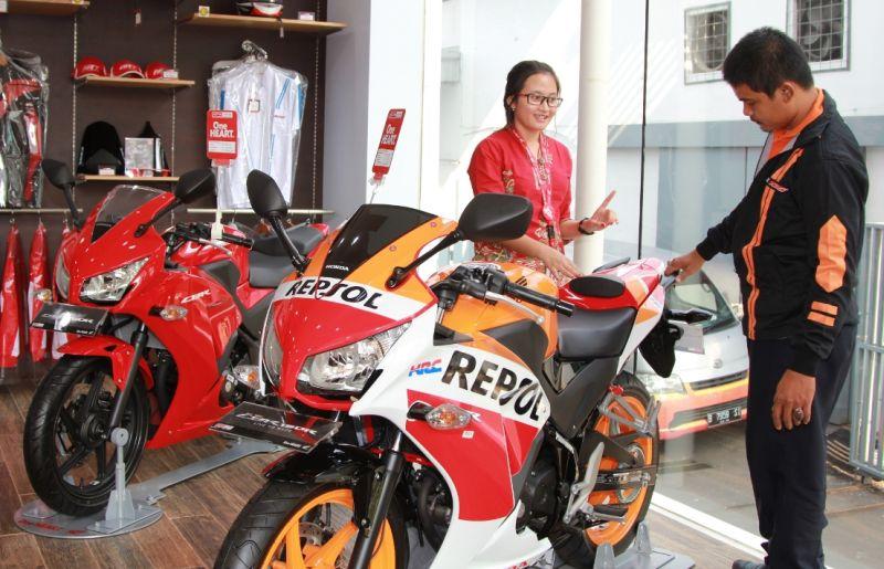 Penjualan motor Honda di Jakarta-Tangerang pada Januari-Mei 2017 naik 2 persen dibandingkan periode yang sama tahun lalu (AHM)