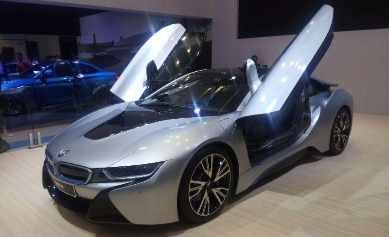 BMW i8 (Okezone)