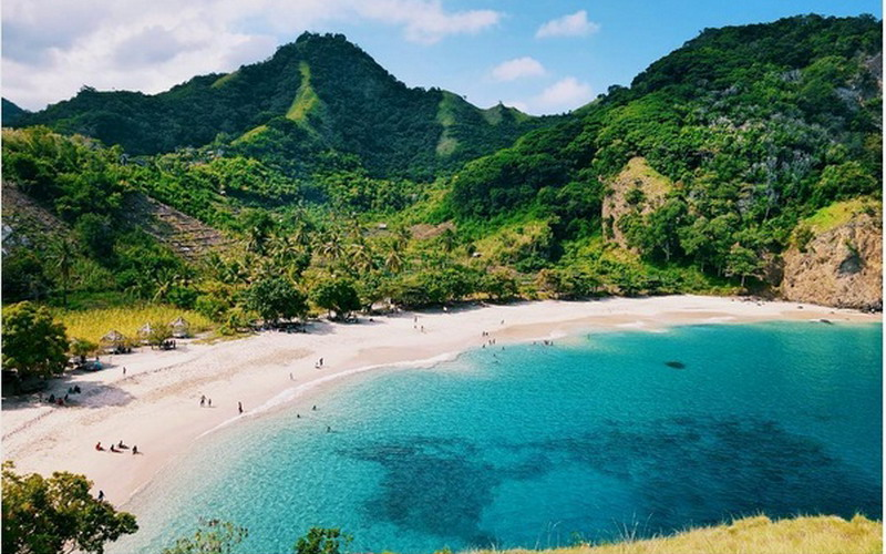 UNCOVER INDONESIA: Cantiknya Pantai Koka NTT Bikin Lupa Diri ...