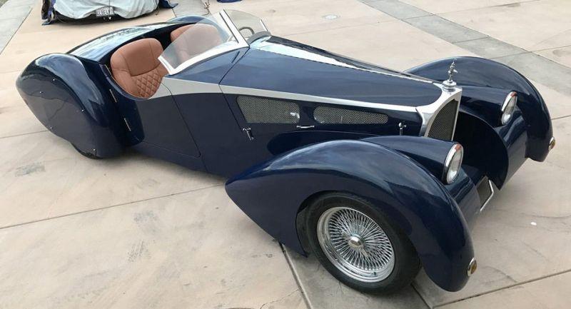 Siero Soco, mobil replika Bugatti Type 57 (Carscoops)
