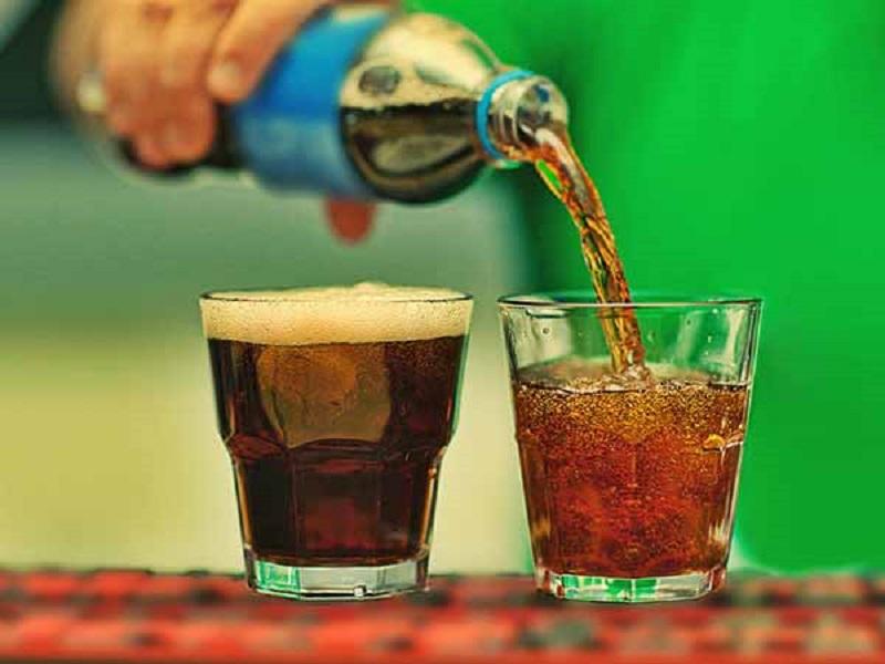 https: img.okezone.com content 2017 06 17 481 1718505 bahaya-ibu-hamil-sering-minum-soda-y7YEfoqtvK.jpg