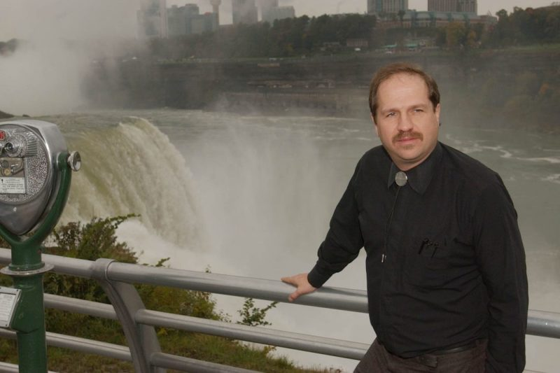 Orang Pertama yang Selamat Terjun di Niagara, Tewas pada Kali Kedua