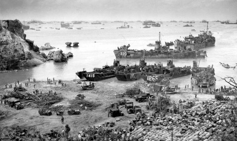 HISTORIPEDIA: Berakhirnya Pertempuran Paling Berdarah PD II di Okinawa