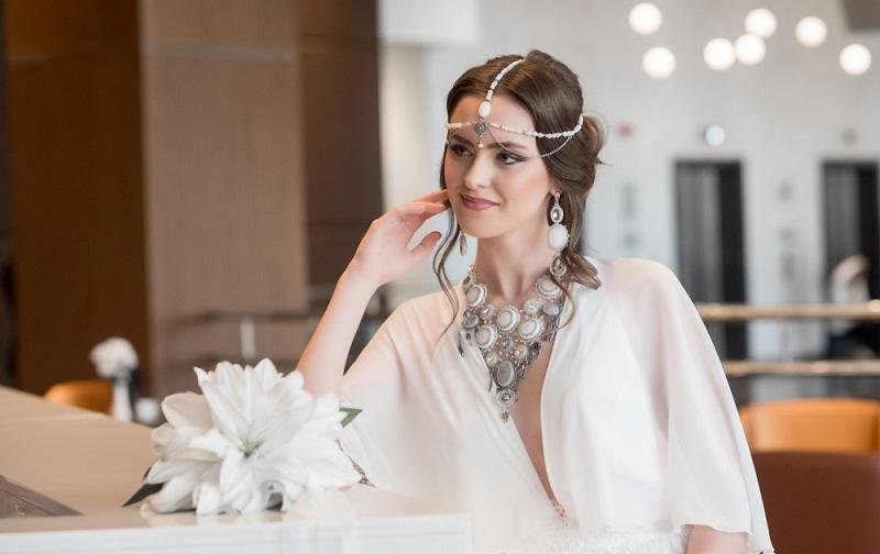 https: img.okezone.com content 2017 06 20 194 1720967 tampil-glamor-dengan-cincin-berlian-saat-lebaran-nZVMrXZb7S.jpg