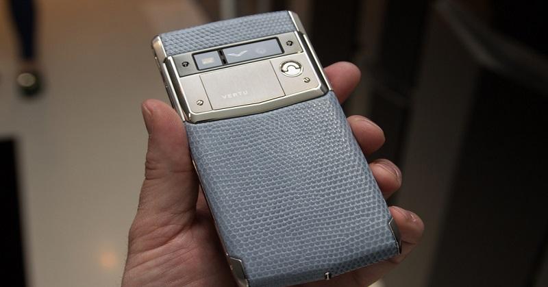 Vertu Gelontorkan USD40 Juta untuk Gandeng Perakit Ponsel BlackBerry