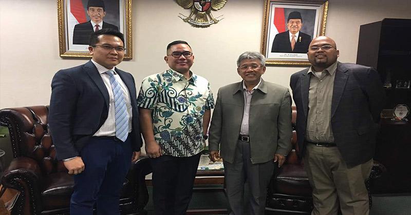 Kuasa hukum Hary Tanoesoedibjo, Ricky Margono Cs bertemu Sekjen DPR RI. (Foto: Istimewa)