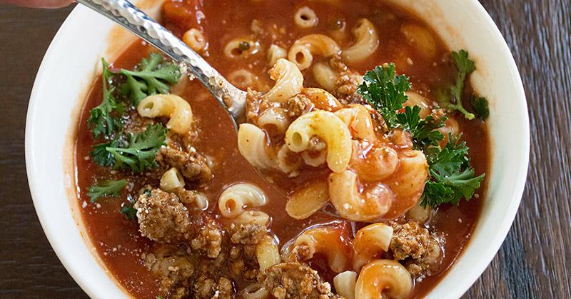URBAN FOOD: Masih Lapar? Bikin Saja Makaroni Kuah yang Spesial