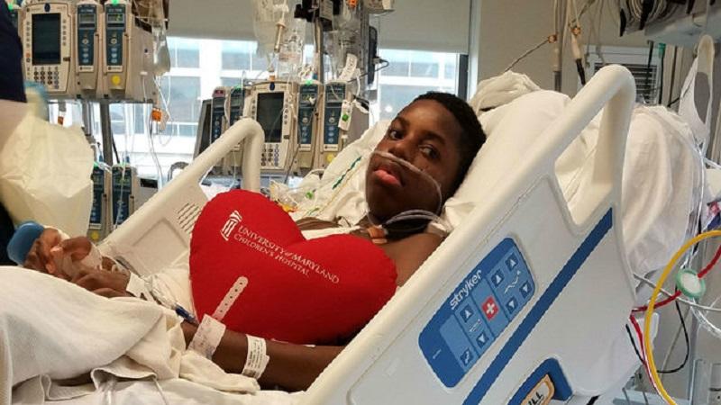 https: img.okezone.com content 2017 06 22 481 1722369 viral-video-remaja-laki-laki-menari-usai-berhasil-operasi-jantung-zNEzuQU54V.jpg