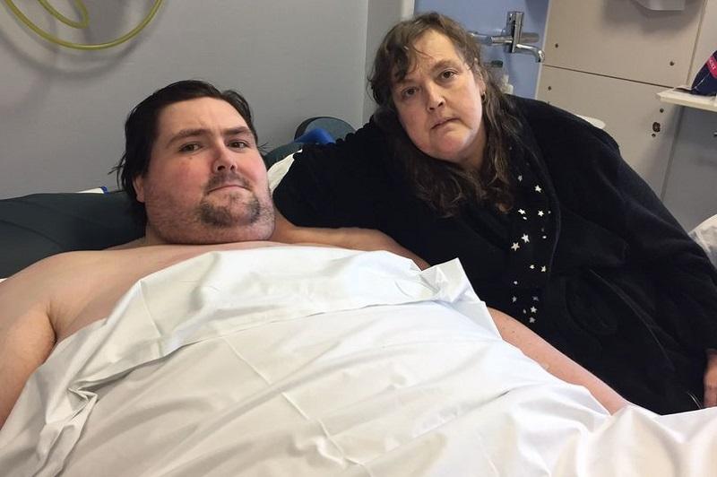 https: img.okezone.com content 2017 06 22 481 1722551 pria-bertubuh-super-gemuk-ini-meninggal-setelah-mr-p-digerogoti-kanker-leeYGFQdzC.jpg