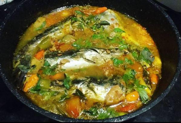 https: img.okezone.com content 2017 06 24 298 1724064 food-story-pindang-ikan-kuliner-khas-lahat-yang-sedap-HBNrvDulYy.JPG