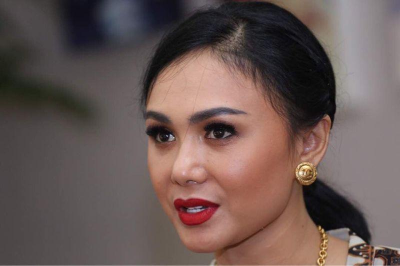 Https Img K Okeinfo Net ContentTiga Tujuh Sudah Yuni Shara
