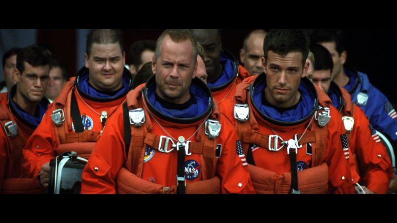 https: img.okezone.com content 2017 06 30 206 1726144 5-film-tentang-ruang-angkasa-yang-wajib-kamu-tonton-bagian-2-FM9DVe4GWq.jpg