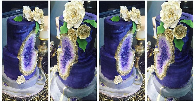 https: img.okezone.com content 2017 07 04 298 1728411 keren-wedding-cake-ini-dihias-dengan-batu-kristal-xm1tbqQAn1.jpg