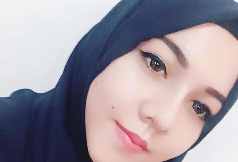 https: img.okezone.com content 2017 07 05 205 1729417 siap-hijrah-ratu-rizky-nabila-geluti-bisnis-hijab-91EVp96h84.jpg