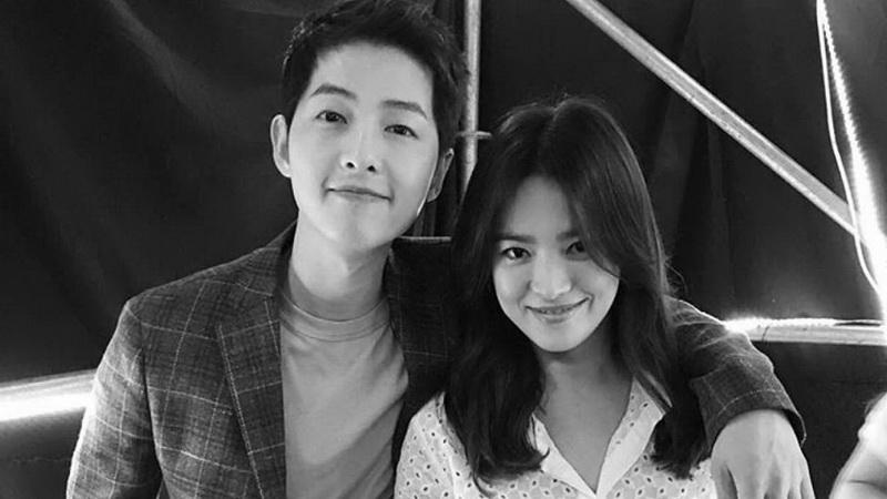 https: img.okezone.com content 2017 07 05 33 1729590 mengintip-gaya-pacaran-song-joong-ki-song-hye-kyo-setelah-umumkan-pernikahan-oUSTqUApnx.jpg