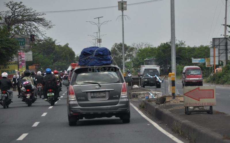 Lebih Tinggi Ketimbang Mudik, Volume Kendaraan Arus Balik Melonjak di Pantura Cirebon