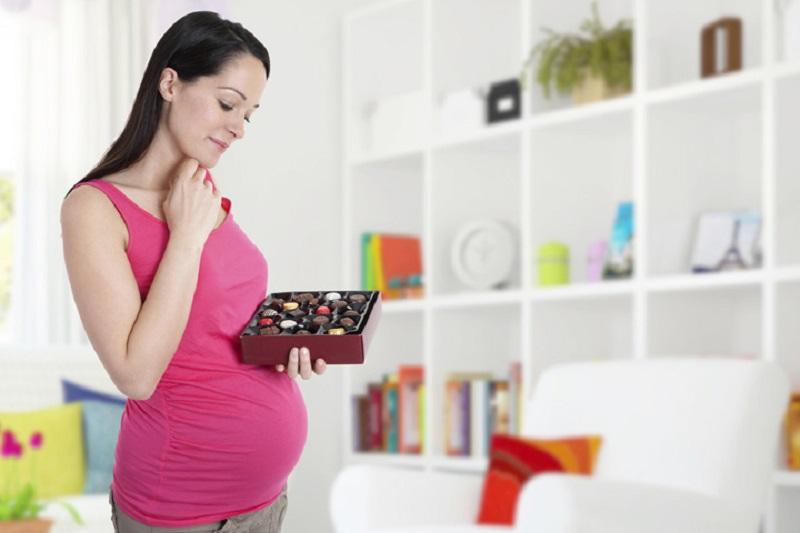 https: img.okezone.com content 2017 07 07 481 1731330 awas-konsumsi-gula-berlebihan-selama-hamil-memicu-anak-terkena-asma-DG4MwtIpuK.jpg