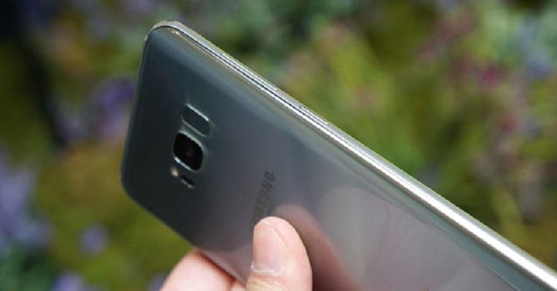 Fungsi Tombol Bixby Dibobol, Samsung Blokir Aplikasi