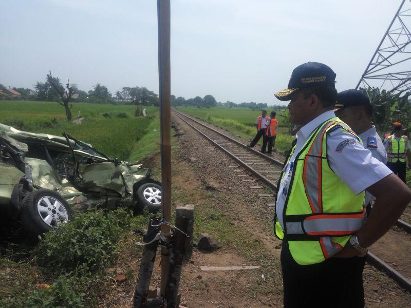Masih Ada 17 Perlintasan Kereta di Serang Tak Berpalang Pintu Bahayakan Warga