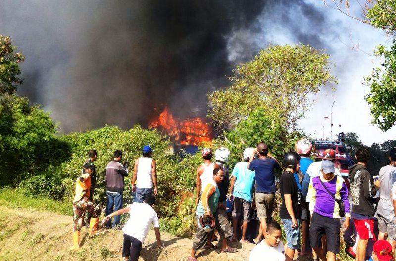 Ini! Penyebab Terbakarnya Belasan Kapal di Pulau Seprapat